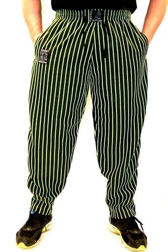 conan-wear-hose-ron-gruen-500-2